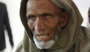 Free eye-care in Chiniot Village, Pakistan: Allahditta